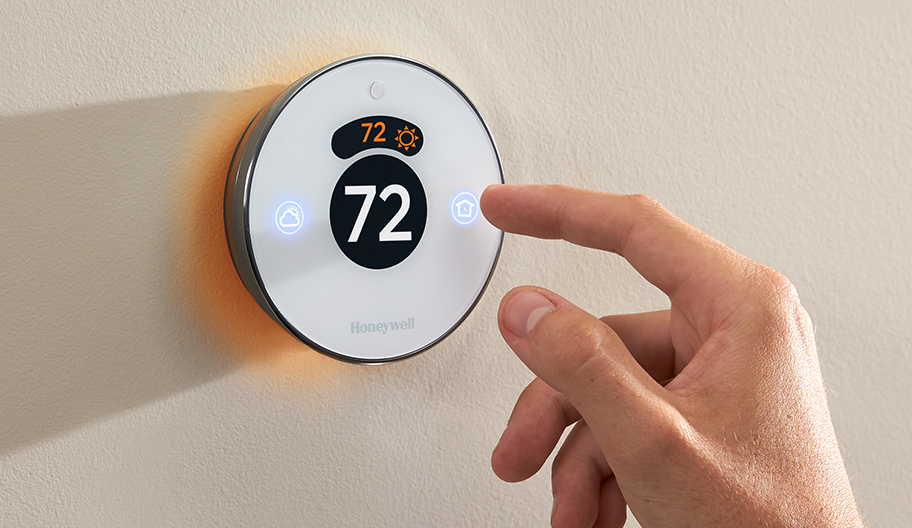 Honeywell's Lyric smart thermostat – the first HomeKit device you'll actually want